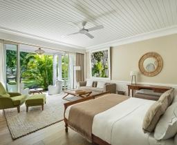 Deluxe Garden View Suite