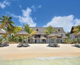 Ocean Beachfront Suite